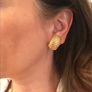 """Gold clip-on earrings, one size, 3/4"""""""